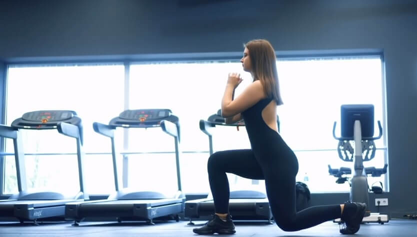Reverse Lunge Exercise to lose inner thigh fat