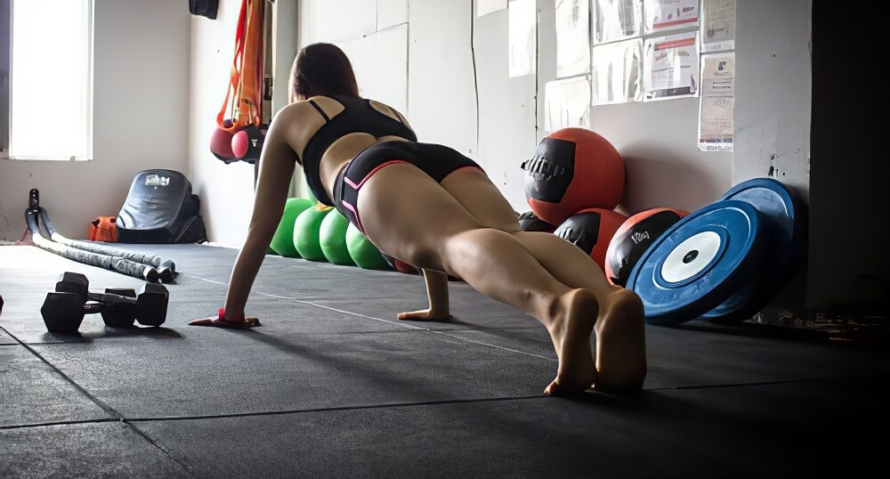 Planks Targets your Glutes