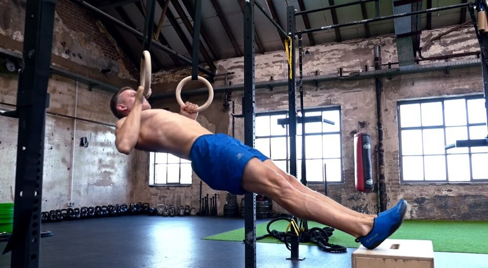Body row workout to get a bigger and stronger back