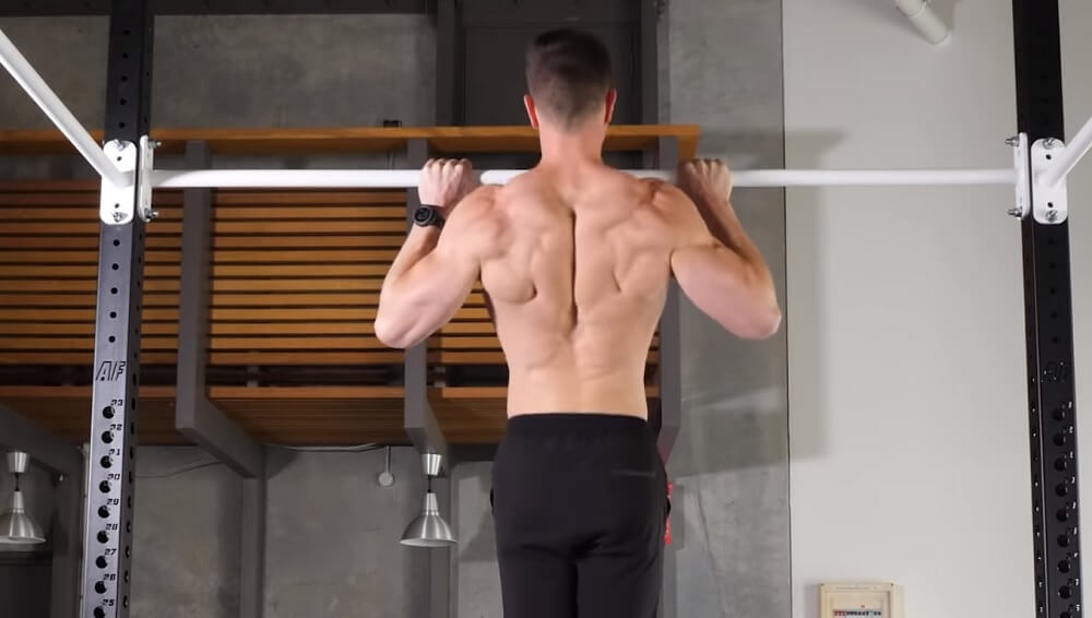 Standard width pull-up to pull up correctly