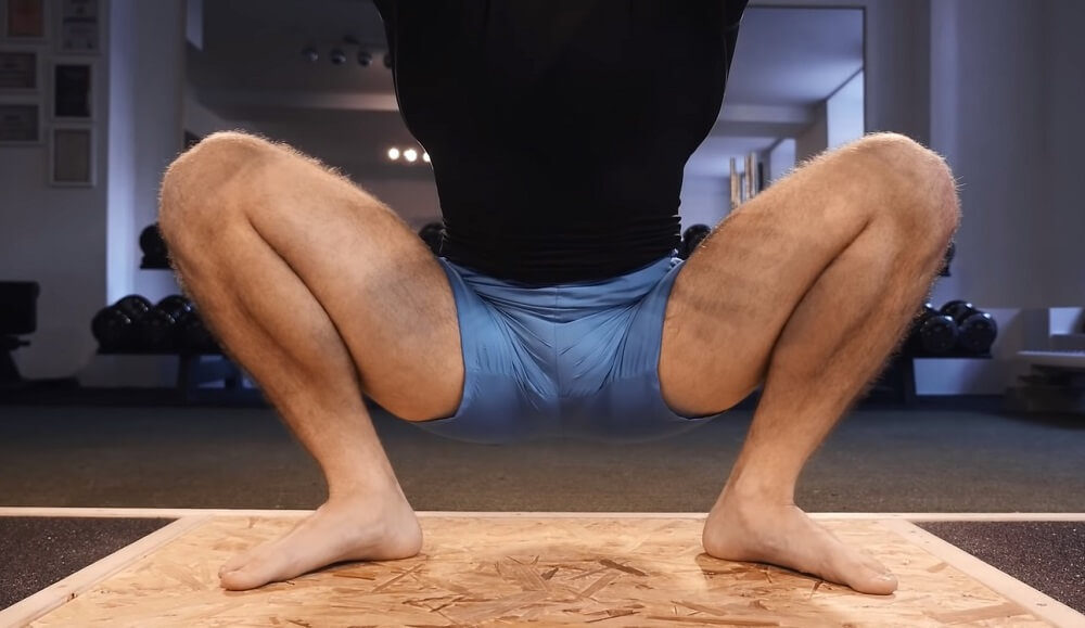 Foot position to do a squat properly