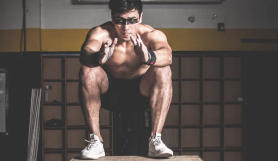 How to do a squat properly (Easy – step by step guide)