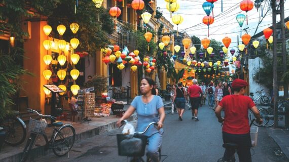 Top 10 Places to Visit in Vietnam (Beautiful Destinations)