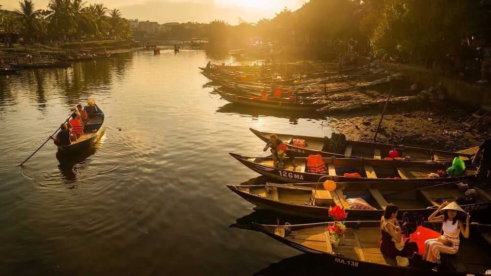 Hoi an is the best place to visit in vietnam